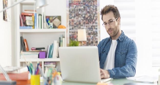 7 ideas para crear un rinc n de trabajo en tu hogar alto for Hogar a lena esquinero