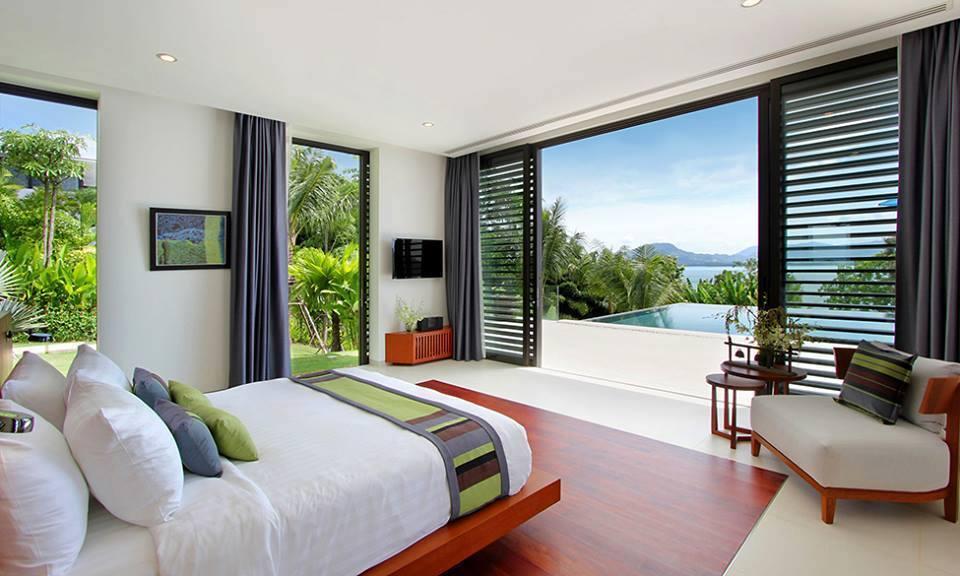 Dormitorio Con Grandes Ventanales Alto Lago Privada