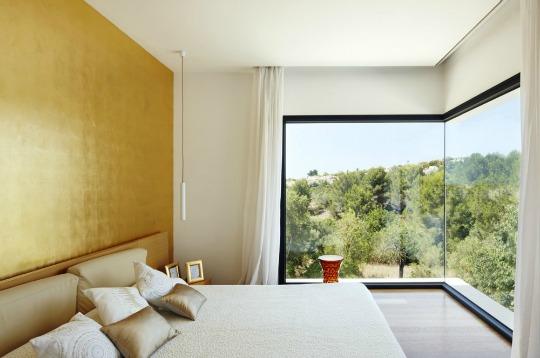 Dormitorio con grandes ventanales alto lago privada - Chambre a coucher peinture murale ...